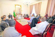 Photo de Le Président de la République rencontre les représentants de la colonie mauritanienne en France